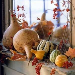 exciting-fall-mantel-decor-ideas-10-500x500